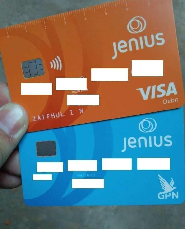Foto kartu debit m-Card dan x-Card, dari artikel cara mendaftar Jenius BTPN